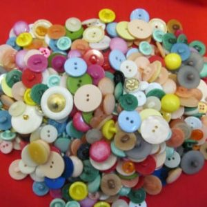 mix of wholesale buttons