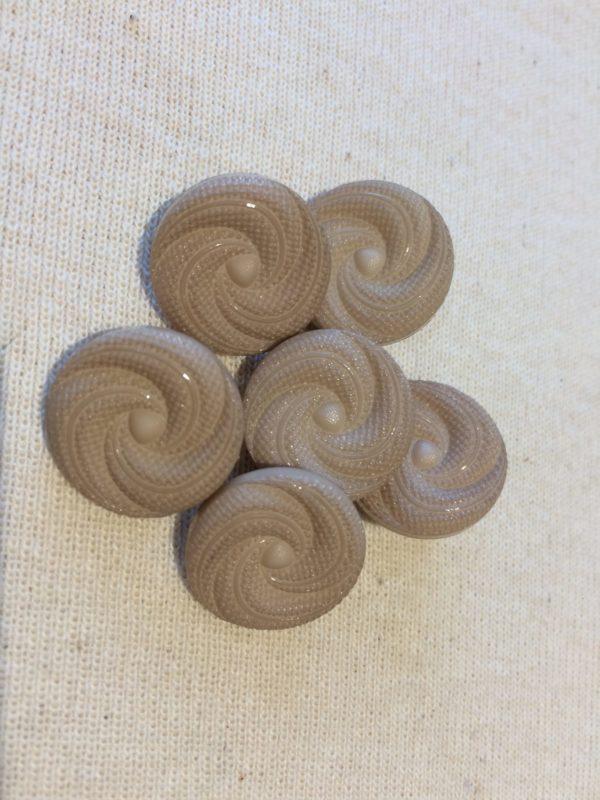 brown swirl cover button