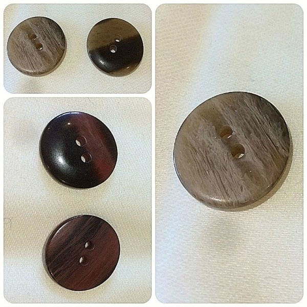 Two Hole 20mm Buttons x 100 Buttons