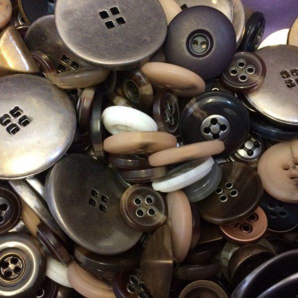 Designer Mixed Buttons 570 gram Bags
